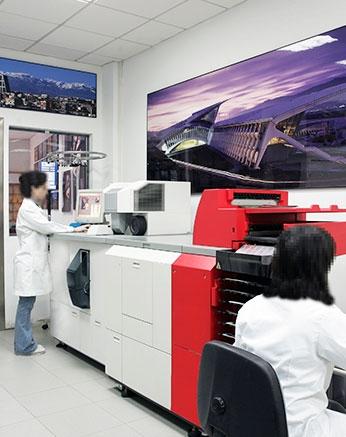 Impresión digital con sistema automático directamente de negativos y diapositivas